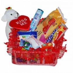 KISS ME košík sladkostí